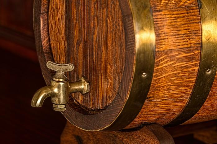frisches Bier vom Fass bei einem Braukurs genießen